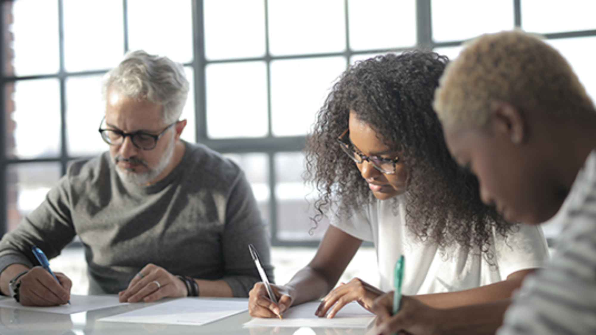 ¿Cuál es la diferencia entre los tests psicométricos y el Assessment Centre?
